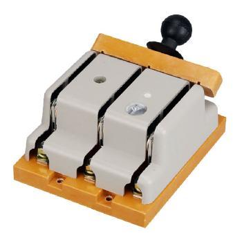 德力西电气 刀开关;HD11-100/38 胶板 带保护罩
