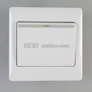 德力西电工 CD200系列DG86K1一位单控荧光大板开关
