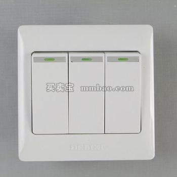 德力西电工 CD200系列DG863K1三位单控荧光大板开关